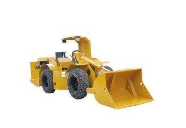 拖式铲运机