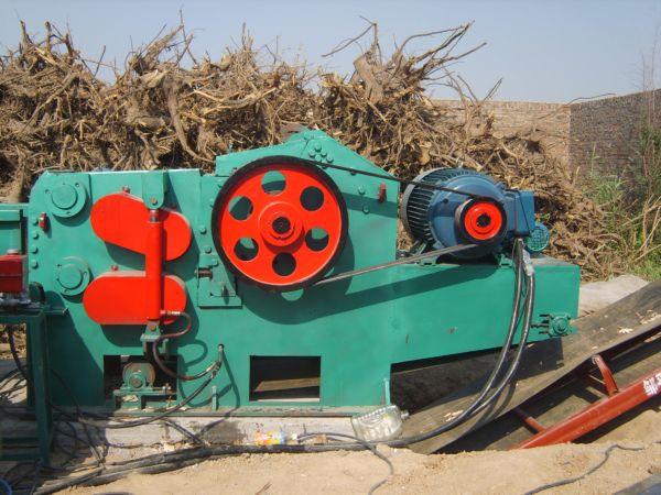 木材削片机工作原理