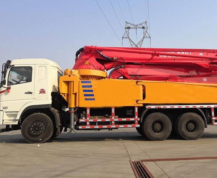 混凝土泵车保养方法