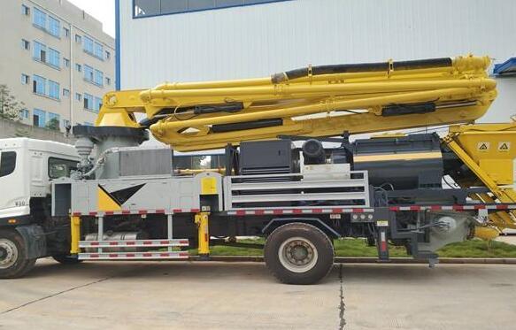 小型混凝土泵车保养方法