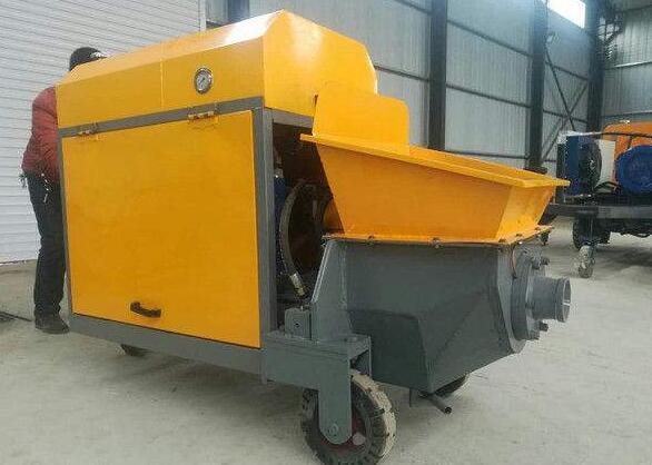 小型混凝土泵车原理