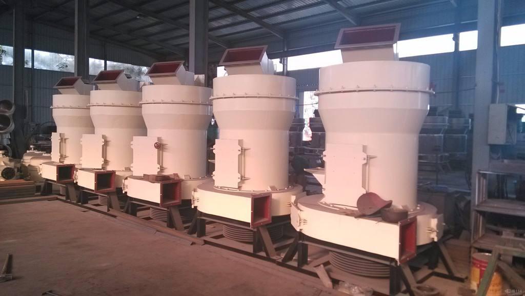 专业生产雷蒙磨粉机 青岛雷蒙磨粉机生产厂家