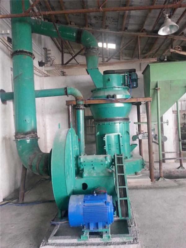 专业雷蒙磨粉机生产厂家 青岛鲁琦雷蒙磨 产量高质量保证