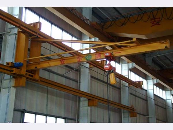 墙壁式悬臂吊-河南省时代输送设备有限公司