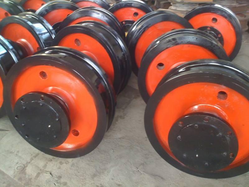 专业生产各种型号、规格的起重机配件,吊钩组以及车轮组