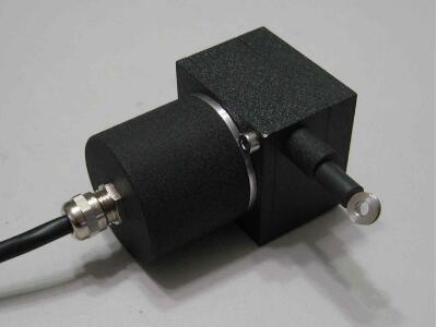 位移传感器
