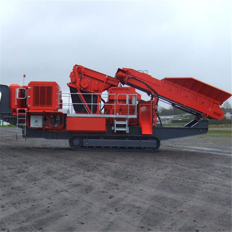 时产200吨移动式破碎机-移动式河卵石破碎站