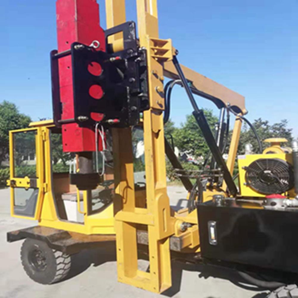 公路护栏打桩机厂家 高速公路防护栏打桩机 甘肃公路护栏打桩机