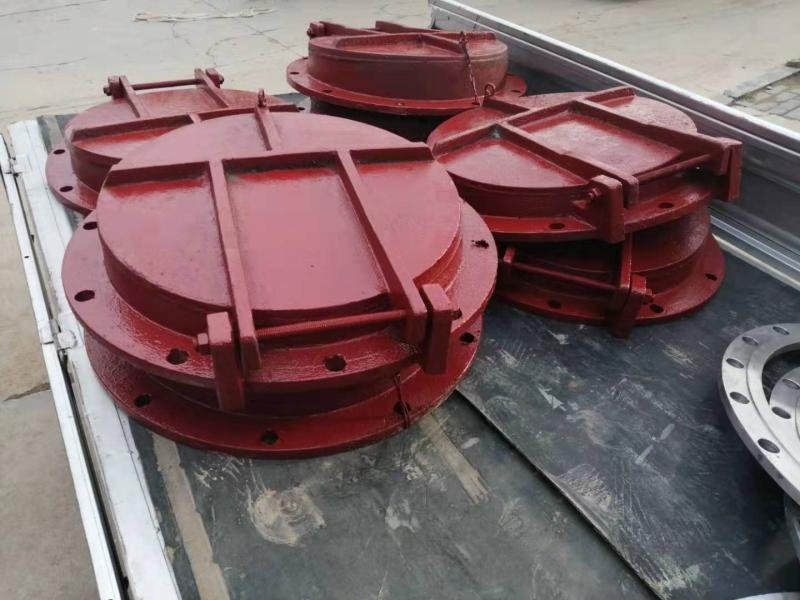 dn700浮箱拍门型号