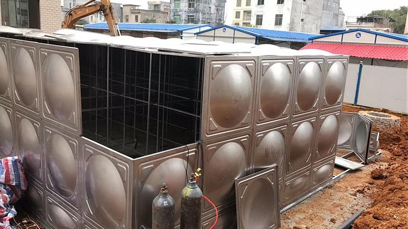 厂家直销太阳能空气能锅炉配套1吨304不锈钢方形水箱消防水箱