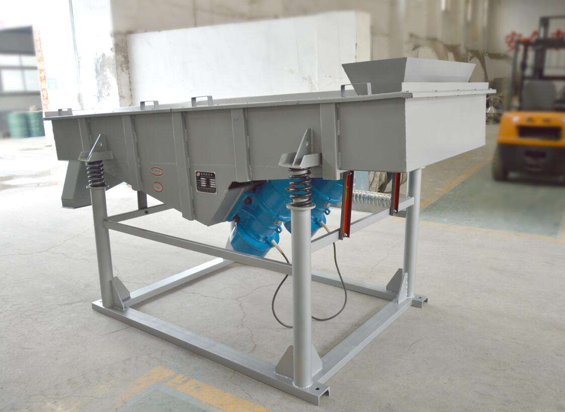 膨润土直线振动筛,直线筛厂家性能优势物料状况
