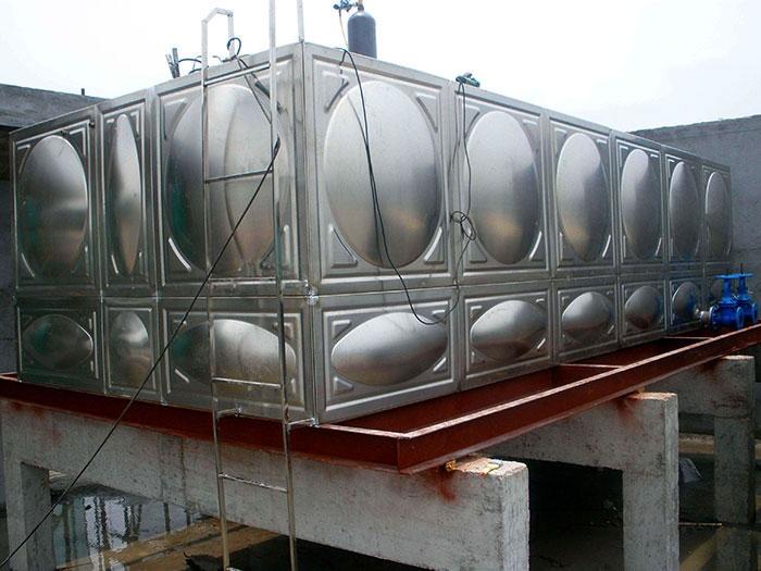 304不锈钢水箱水塔家用储水箱不锈钢30吨蓄水水箱定做加工水箱板