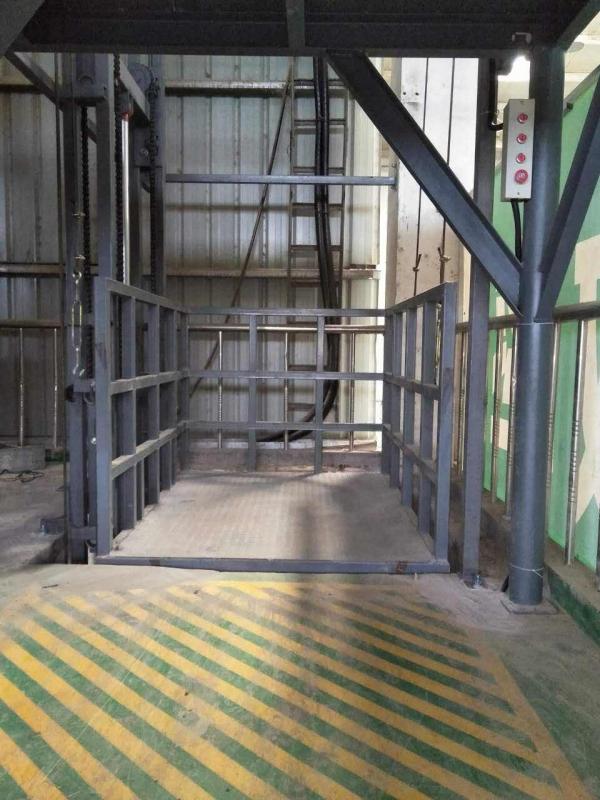室外升降货梯