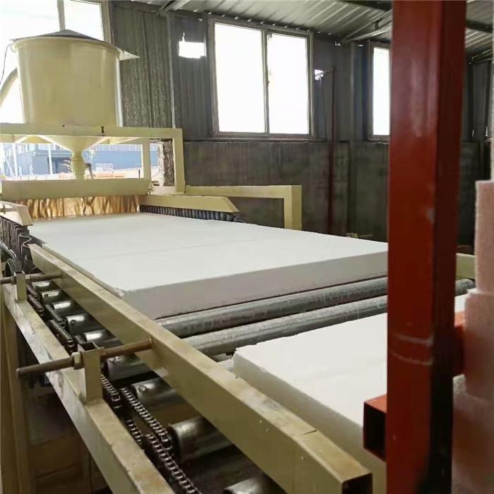 硅岩板设备-改性聚苯板设备、水泥渗透板生产设备