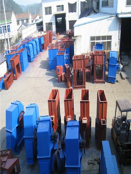 山西煤款提升设备,斗式提升机生产厂家