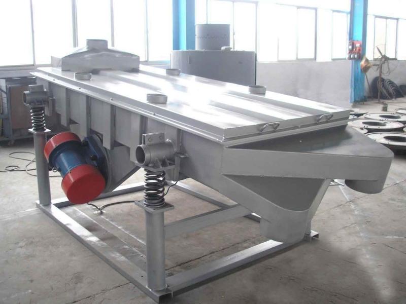 石英砂矿渣直线筛-振动筛厂家选型-直线振动筛设计方案