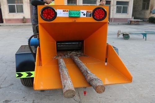 移动树枝粉碎机、园林树枝粉碎机直销