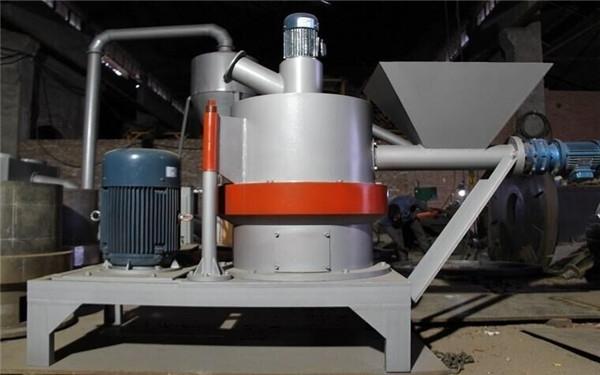 新型立式木粉机
